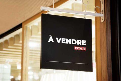 Locaux commerciaux - A VENDRE - 160 m² non divisibles