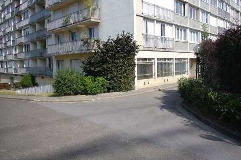 Surface rénovée - 132 m² non divisibles 2175 92120 Montrouge