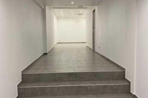 Locaux commerciaux - A LOUER - 78 m² non divisibles 3800 75003 Paris