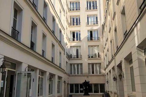 Bureaux - A LOUER - 143 m² divisibles à partir de 71 m² 4833 75010 Paris
