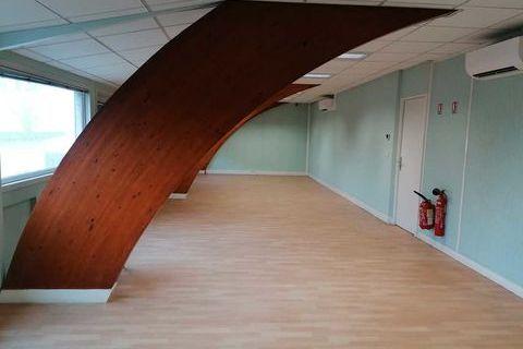 Bureaux climatisés - 69 m² non divisibles 623 91320 Wissous