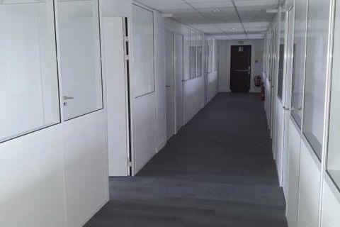 Bureaux - A LOUER - 890 m² divisibles à partir de 140 m² 7414 94470 Boissy saint leger