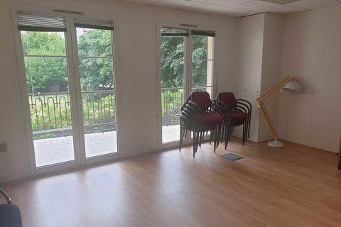 Bureaux - A VENDRE - 260 m² non divisibles 2000001 92800 Puteaux