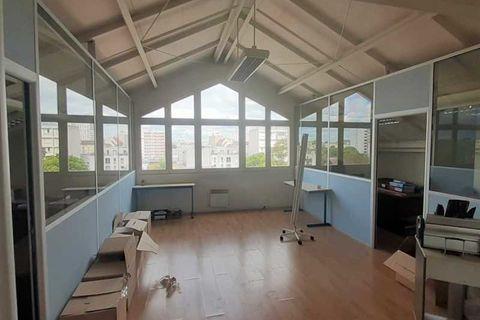 Bureaux - A VENDRE - 244 m² non divisibles 1299999 93400 Saint ouen