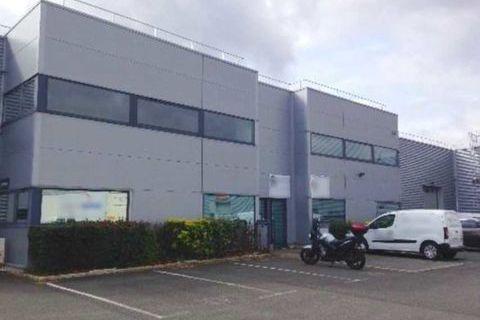 Locaux d'activité - A LOUER - 433 m² non divisibles 3248 93290 Tremblay en france