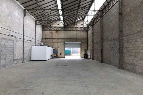 Locaux d'activité - A LOUER - 460 m² non divisibles 3979 93240 Stains