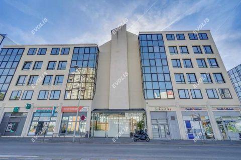 Bureaux - A LOUER - 2803 m² divisibles à partir de 355 m² 49053 93170 Bagnolet