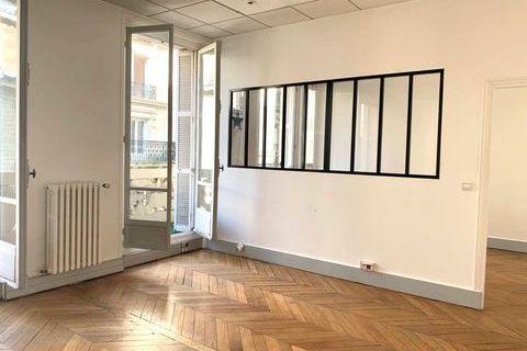 Bureaux - A LOUER - 95 m² non divisibles 3721 75017 Paris