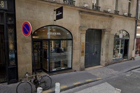 Locaux commerciaux - A LOUER - 131 m² non divisibles 5583 75008 Paris