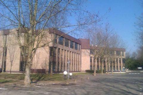 BELLES SURFACES DE BUREAUX - 537 m² divisibles à partir de 241 m² 5370 78180 Montigny le bretonneux