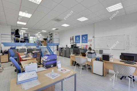 Bureaux - A VENDRE - 157 m² non divisibles 1150000 75019 Paris