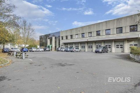 Entrepôts - A LOUER - 22 220 m² divisibles à partir de 4 926 m² 101768 91070 Bondoufle