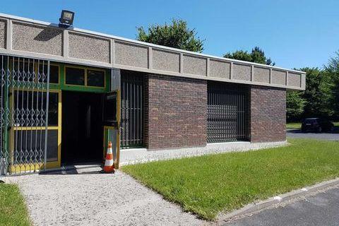 Bureaux - A LOUER - 1200 m² divisibles à partir de 240 m² 11004 91090 Lisses