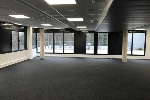 Bureaux - A VENDRE - 1140 m² divisibles à partir de 475 m² 1814504 77420 Champs sur marne