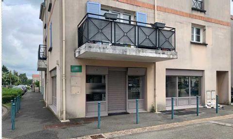 Locaux commerciaux - A LOUER - 85 m² non divisibles 2500 77600 Chanteloup en brie