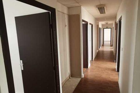 Bureaux - A VENDRE - 201 m² non divisibles 271350 93160 Noisy le grand