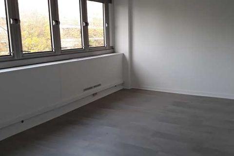 Activités et Bureaux - A LOUER - 829 m² divisibles à partir de 70 m² 10860 78150 Le chesnay