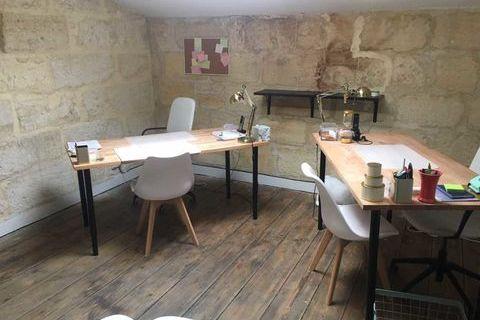 Bureaux - A LOUER - 44 m² non divisibles 650 33000 Bordeaux