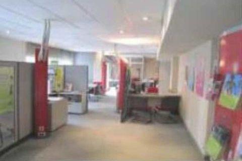 Locaux commerciaux - A VENDRE - 194.54 m² non divisibles 90000 71200 Le creusot