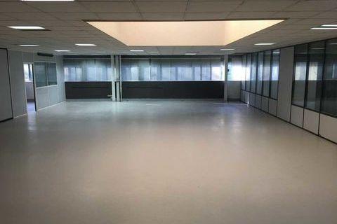 LOYER ATTRACTIF - 70 m² non divisibles 550 93160 Noisy le grand