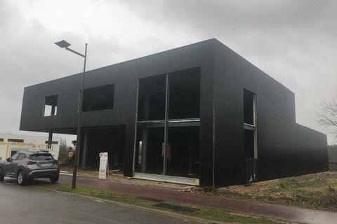 Locaux d'activité - A VENDRE - 1840 m² non divisibles 0 78550 Houdan