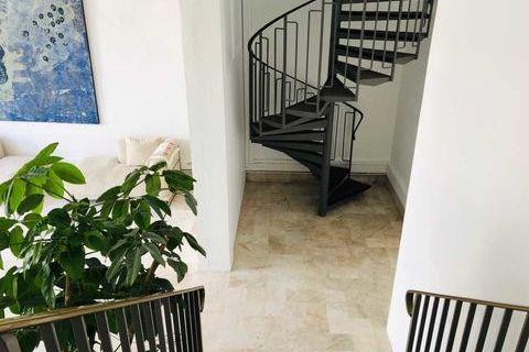 Bureaux - A SOUS-LOUER - 195 m² non divisibles 0 92170 Vanves