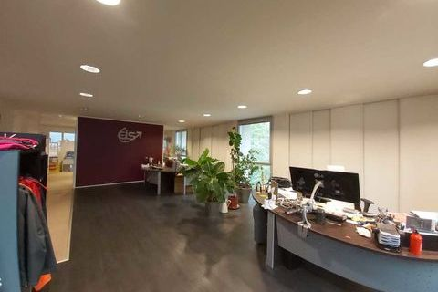 Bureaux proche gare à vendre - 184 m² non divisibles 259999 91380 Chilly mazarin