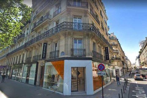 Locaux commerciaux - A LOUER - 127 m² non divisibles 3000 75002 Paris