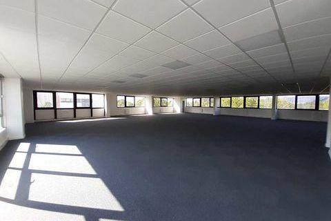 Activités et Bureaux - A LOUER - 448 m² non divisibles 0 75018 Paris