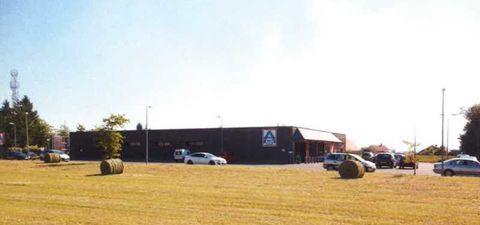 Locaux commerciaux - A LOUER - 1060 m² non divisibles 7505 57370 Phalsbourg