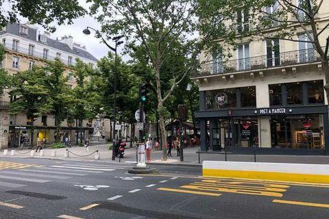 Locaux commerciaux - A LOUER - 70 m² non divisibles 4000 75006 Paris