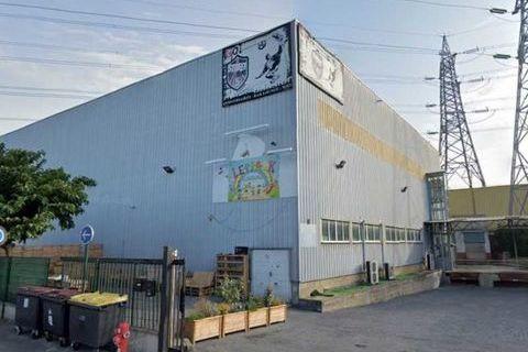 Entrepôts - A LOUER - 2140 m² non divisibles 10700 94470 Boissy saint leger