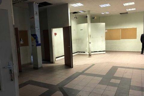 Bureaux - A LOUER - 758 m² divisibles à partir de 168 m² 12499 93340 Le raincy