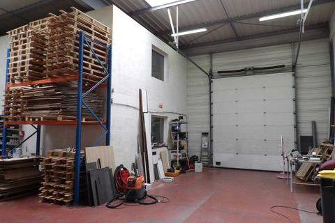 Locaux d'activité - A LOUER - 218 m² non divisibles 2084 78680 Epone
