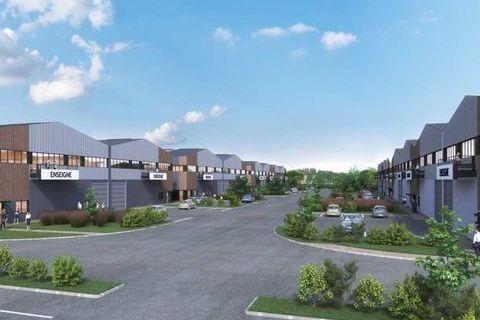 Locaux d'activité - A VENDRE - 10073 m² divisibles à partir de 641 m² 12694095 94440 Santeny