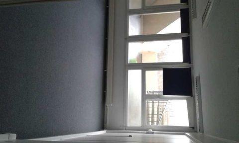 Bureaux - A LOUER - 81 m² non divisibles 1047 92000 Nanterre
