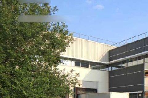 Locaux d'activité - A LOUER - 2515 m² non divisibles 15719 77290 Compans