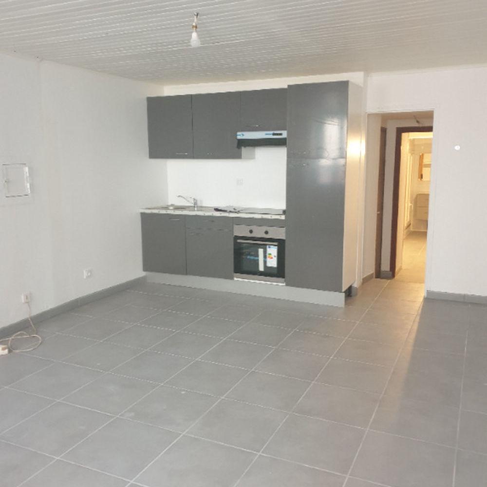 Vente Appartement Studio rénové à Nyons 1 pièce(s) 34 m2 - 0618473547 Nyons