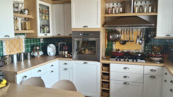 Reseau e v immobilier maison 8 pi ce s 230 m ch teau d for Reseau pro cuisine