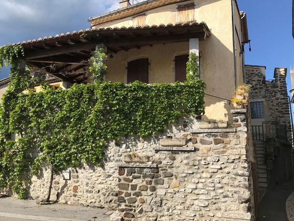 Annonce vente maison aubenas 07200 156 m 149 000 for Maison avec terrasse couverte
