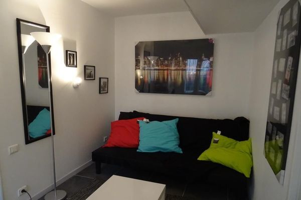 Annonce location appartement nimes 30900 16 m 315 for Location d appartement meuble