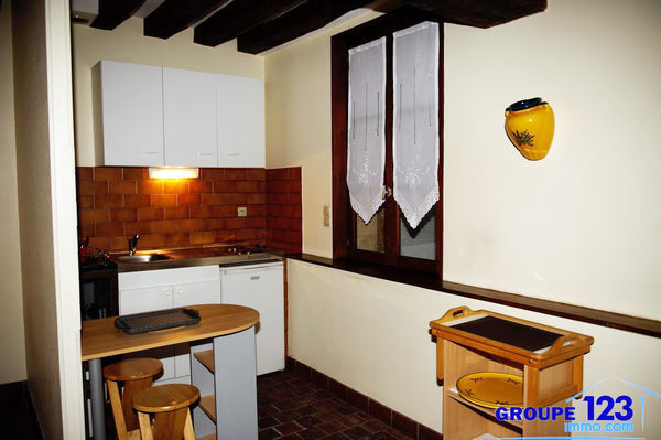 Groupe 123 immo com appartement 1 pi ce s 26 m auxerre for Cuisine 7000 euros