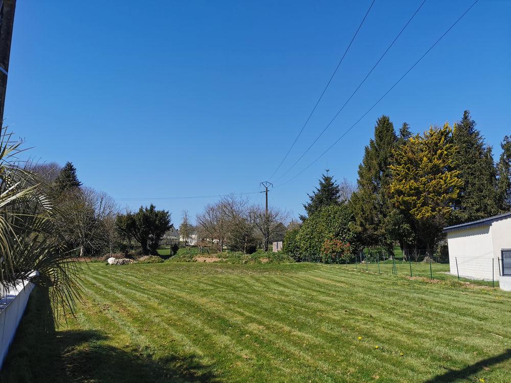 Vente Terrain CLÉGUÉREC (56) 10 KM DE PONTIVY : A vendre terrain constructible de 1100 m2. Cleguerec