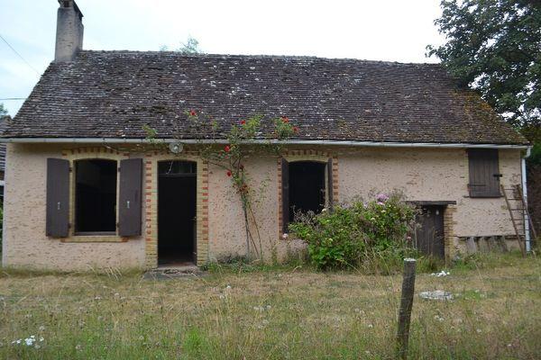 Annonce vente maison torc en vall e 72110 50 m 56 for Renover une maison de campagne
