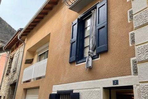 Maison de village 142000 Auzat (09220)