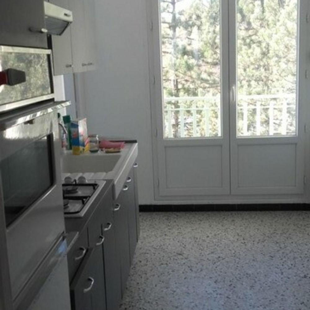 Vente Appartement IDEAL INVESTISSEUR - LOCATAIRE EN PLACE St etienne