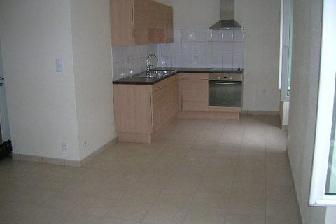Appt T3 de 50 m2 en RDC dans maison particulière - DELLE 470 Delle (90100)