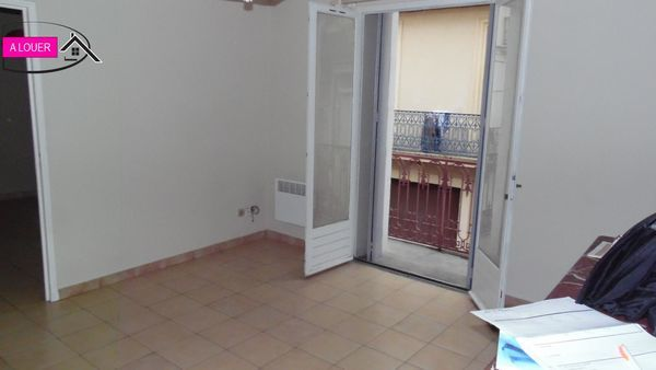 Annonce location appartement b ziers 34500 32 m 395 for Location appartement meuble beziers