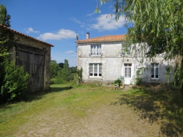 Annonce vente maison saint juire champgillon 85210 175 for Maison de l emploi chantonnay