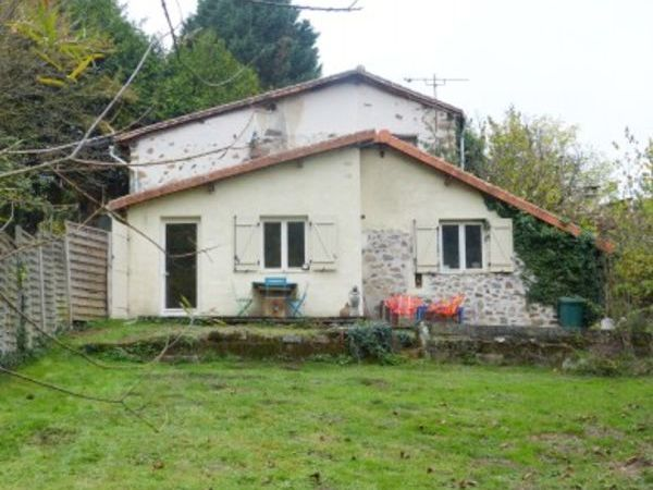 Annonce vente maison chabanais 16150 87 m 83 000 for Agrandissement maison individuelle
